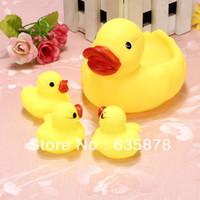 0-12 Months,13-24 Months,2-4 Years,< 3 y Unisex Duck 4 pcs set Baby Bathing Developmental Bath Toys Water Floating Family Squeaky Yellow Rubber Race Ducks Toys