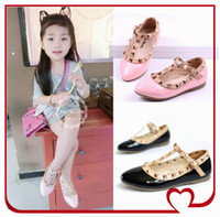 Wholesale New Fashion Rivet Princess Patent Leather Kids Low heeled Children Shoes For Baby Girls Wedge Sandals KW SH004