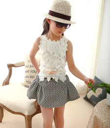 Wholesale 2014 Summer Children s Tank Tops Baby Girls White Tees Sleeveless Lace Flower Guipure Crochet Vest Cool Pore Color Floral Collar Shirt C2206