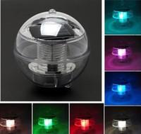 al por mayor estanque de luz de la bola llevado-Nueva luz de la lámpara de la energía solar a prueba de agua IP65 flotantes de la charca Rotat 7 que cambia de color 7colors flotador lámpara solar de la bola LED de la charca Para los días del festival