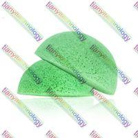 Wholesale Natural Konjac Konnyaku Jelly Face Wash Cleansing Sponge White Black Green Color Konjac Fiber Cleansing Face Puff Sensitive Skin