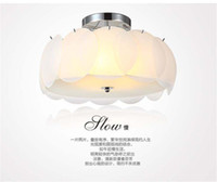 Wholesale Dia mm White glass chips Classical Indoor light pretty Living room light ceiling crystal chandeliers hot sale