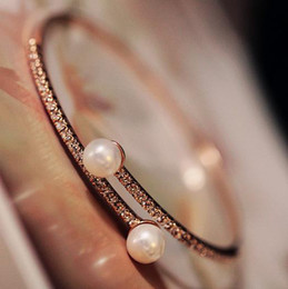 Wholesale Open czech stones paved thin bangle bracelet adorned with two pearls real rose gold finish fashion women bracelet high quality jewelry gift