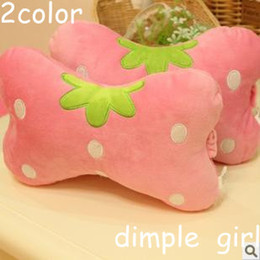 Wholesale 2pcs novelty cute fruit shape pattern decorative polka dot pink red strawberry pillow plush stuffed cushion for car accessories