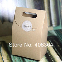Wholesale gift cake kraft paper cookie boxes cake box food package bag with handle cm cm cm