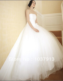 Wholesale Hot saling cheap Grid yarn white sexy sweetheart Simple court train wedding dress gowns