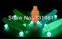 Wholesale 8Pcs Glow in Dark Penny Skateboard Complete Glow Deck amp Wheels inch Mini Cruiser long skate board longboard