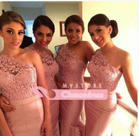 Wholesale New Fashion Wedding Party Dress Pink One Shoulder Lace Appliques Floor Length Mermaid Bridesmaid Dresses Prom Party Gown