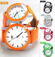 Wholesale Fashion New Hot AD Brand Leaf Grass Sport Men WoMen Watch Gift Army Sport Style Silicone Bracelet Wrist Watch Couple Watches