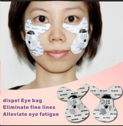 Wholesale facial Care Firming Beauty Instrument Personal Care Massager Eye micro electric remove dark circles remove bags under eyes