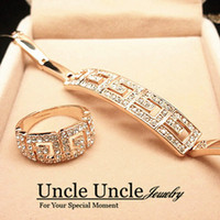 Wholesale 18K Real Gold Plated Rome Style Austrian Crystal G Design Lady Jewelry Sets Bracelet Ring