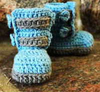 Baby crochet shoes snow booties ankle buckle strap 0- 12M siz...
