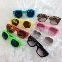 Wholesale New Fashion Children Boys Girls Dazzle Color Sunglasses Kids Childs Candy Color High Quality Sun Protection Glasses Kid Cool Eyewear H0559