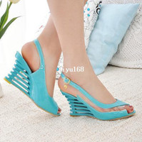 achat en gros de hautes chaussures de coin sexy-Nouveau 2014 Mode 4 Couleurs Femmes Haute Sandales talon Chaussure Chaussures Plateforme de la marque New cuir verni Sandales sexy d'été