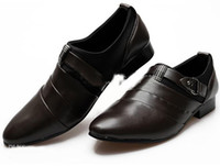 Men flats Flat Heel Fashion New British Style Men Breathable Genuine Leather Buckle Pointed Dress Shoes