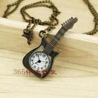 achat en gros de poche de guitare-Livraison gratuite Vintage Femmes / Hommes Guitare pendentif montre de poche Collier P077