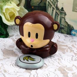 Wholesale HOT New Cute Monkey Hand Nail Art Tips Polish Dryer Blower Manicure Nail Polish Dryer