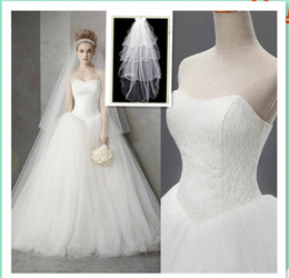 New arrival white ball gown sweetheart lace appliqued floor-length Tulle vestido wedding gowns 2019