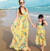 Wholesale Bohemian Summer Family Clothing Suspender Printed Ruffles Dresses Mom Kids Butterfly Beach Long Dress Parents Girls Chiffon Dressy H0632