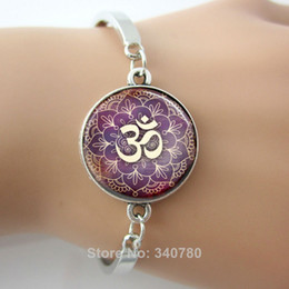Wholesale Glass cabochon dome picture bracelets bangles Yoga Jewelry Purple Lotus Flower Om Symbol Buddhism Zen Art bangles silver
