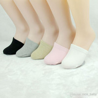 Wholesale Yoga Socks Five Fingers Massage Five toe Open toed Socks Womenjapanese Style Health Socks Fashion Toe Socks Remedical Socks Half Horse Mat