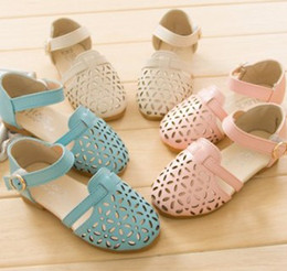 Wholesale 2014 Summer New Arrival Shoes Size Children Girls Fashional Leisure Hallow Floral Shoe Korean Kid s Solid Sandals Princess Shoe I0692