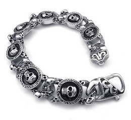 Wholesale Whitney_Houston Jewelry Vintage Stainless Steel Gothic Skull Charm Biker Mens Bracelet Color Black Silver Drop Shipping