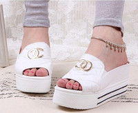 Wholesale New Popular summer bright sequins women sandals flats slippers canvas platform shoes Flip flops New fashion