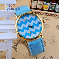 Wholesale New Chevron Watches Geneva Leather Bands Stripe Face Golden Cases Women Ladies Girls Fashion Platinum Good Quality Watches Multicolor