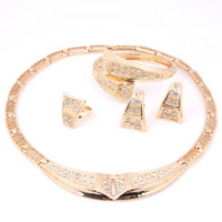 Wholesale Hot Selling k Gold Plated African Fashion Charming Costume Necklace Sets Classic Wedding Jewelry Sets