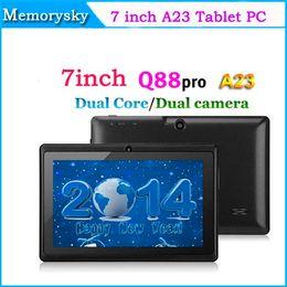 Dual core tablet pc en Ligne-Screen Tablet PC capacitifs pas cher 7inch Allwinner A23 Dual core Tablet Q88 double caméra Android 4.4 512MB DDR3 4 Go WIFI 3G externe 000801