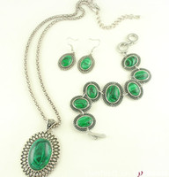 Bracelet,Earrings & Necklace lots of turquoise jewelry - European and American Vintage Jewelry Set Malachite three pieces of jewelry Bracelet Earrings amp Necklace