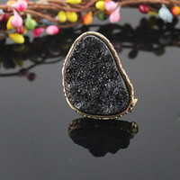 Wholesale Fashion jewelry hot selling individual gold color alloy big rhinestone black exaggerated ring for women