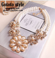 Wholesale Jewelry Necklaces palace restoring ancient ways pearl flower bride bridesmaid short chain necklace clavicle