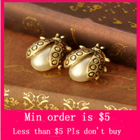 beetles fly - Min Order Mix Jewelry order Fashion Girls Adorable Bud Faux Pearl Gold Plated Fly Beetles Earrings Ear Stud E0081