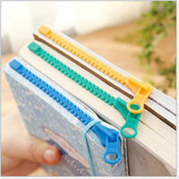 Wholesale creation style bookclip zipper shape bookmark cartoon clip mix color ABS cm bookclip