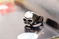 Wholesale 2014 punk vintage silver titanium steel gothic fashion cool men skull finger rings jewelry SR0360