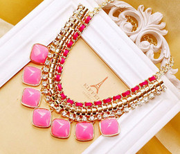 Fashion Bib Collar Choker Statement Necklace Fluorescent Colors Chunky Golden Chain