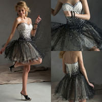 Reference Images Tulle Sweetheart Black Sweetheart Backless Sexy Beads Homecoming Dresses Short Prom gowns Tulle Ball gown Custom made Cheap Cocktail Dress