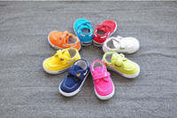 Wholesale sneakers shoes kids children running canvas shoes first walkers baby sapato flat soft infantil baby candy shoes