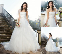 Wholesale 2014 Stunning Embroidery Wedding Ball Gowns Sweetheart Neck Sleeveless Draped Court Train Organza New Designs Bridal Dresses