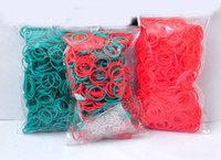 12-14 Years Multicolor Silicone 100sets lot Christmas Gift Red And Green Colors Rainbow Loom Bracelet Bands (600 Rubber Bands + 24 Clips Bag)