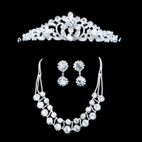 Jewelry Sets Rhinestones Rhinestone 2014 High Quality Exquisite Wholesale - New Three-piece Crown Crystal Diamond Bridal Jewelry Accessories New Wedding Hair Accessories