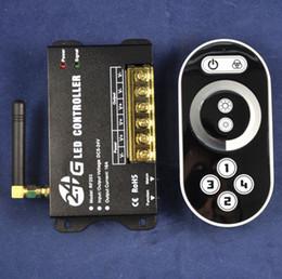 Vente chaude 2.4Ghz DC12V - 192W DC24V - 384W 1Channels 16A 2.4G LED de couleur unique Dimmer Controller Avec Remote Touch