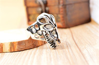 Wholesale 2014 punk vintage black titanium steel fashion cool men hollow wolf head finger rings jewelry SR0376
