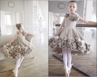 Wholesale Gorgeous Angels Flower Girl s Dresses Short Crew Neck Handmade Flowers Short Princess Knee Length Party Dancing Girl s Pageant Gowns BO5413