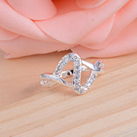 Wholesale Fashion jewelry silver rings Inlaid Austrian crystal Trend jewelry beautiful Creative Arts Z shaped ring holiday gifts