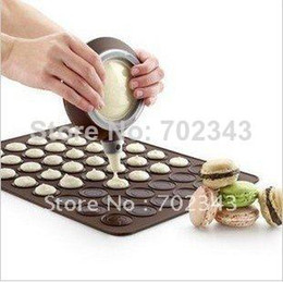 Wholesale New Large Size Macaron Special Silicone Mat Cake Muffin Mold amp Decorating Tips Cream Squeezing Set