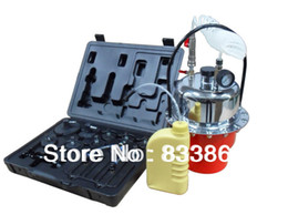 Wholesale Brake clutch bleeding equipment Brake and clutch bleeder it s suitable for systems with braking control and ABS