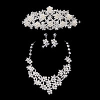 Wholesale LK Hot Sale New Cheap Bridal Necklace Earrings Set Evening Prom Accessories Sparkly Diamonds Bling Drill Crystals Wedding Jewelry